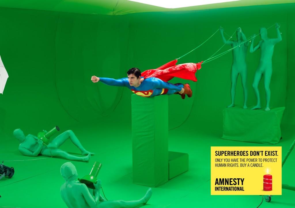 amnesty-international-superman-wonder-woman-print-356210-adeevee